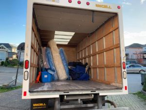 Vancouver movers safely storing furniture